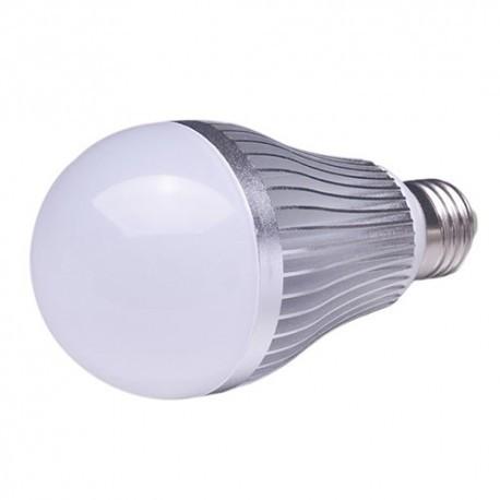 LED-lampa 12V E27 8W